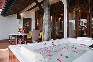 Hong Sam - Villa Royale Phuket